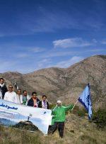 صعود کارکنان وبسیجیان مخابرات منطقه کرمانشاه به ارتفاعات کرمانشاه